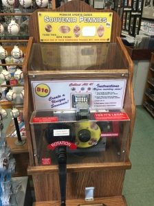 NY - Pioneer Sports Cards Machine 01
