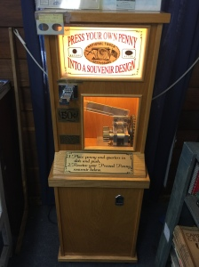 PA - Antique Center Machine 01