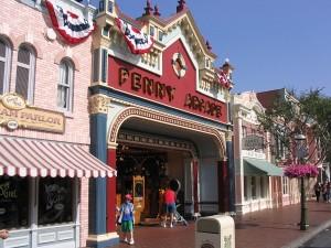 disneyland-penny-arcade