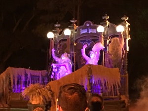 hitchhiking-ghosts-parade